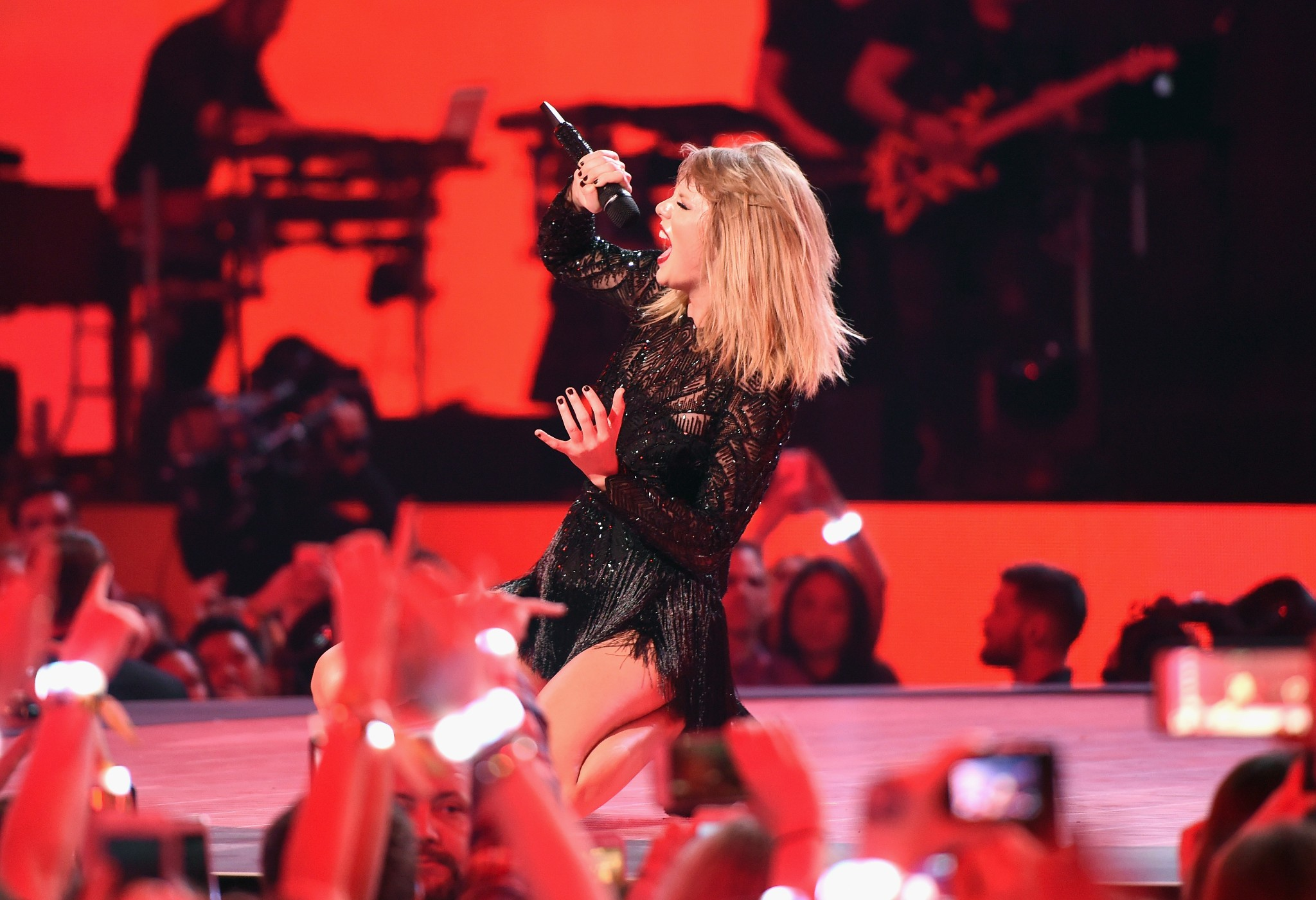 """Taylor Swift's """"I Did Something Bad,"""" annotated: here's who the song is about"""