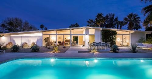 Renovated midcentury modern in Palm Springs asks $875K
