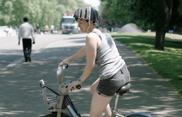 Recyclable paper helmets could bring safety to bike share programs