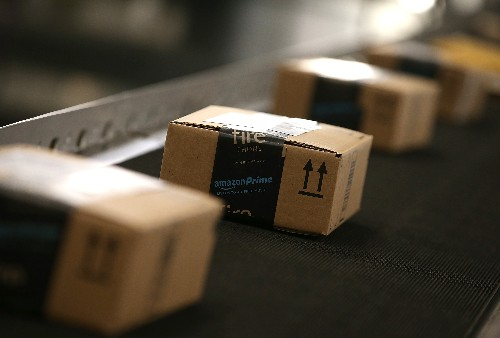 Airline execs say Amazon is looking to lease planes for shipping service