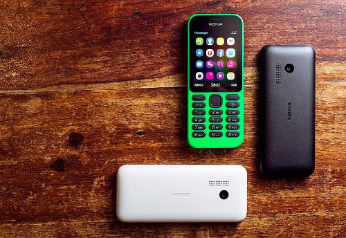 The new $29 Nokia 215 is Microsoft's cheapest internet phone