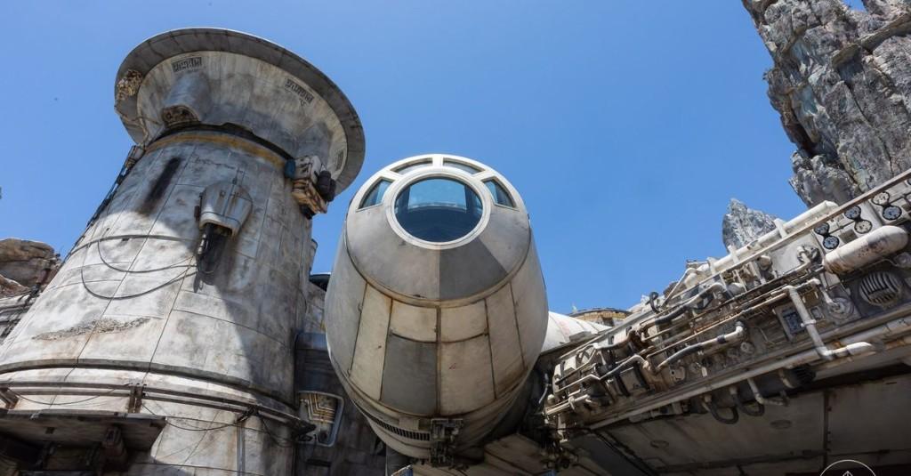 A tour of Disneyland's Star Wars: Galaxy's Edge in 30 photos