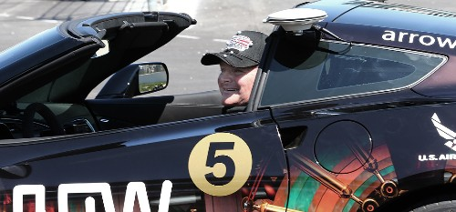 Paralyzed race car driver will control car by moving his head at the Indy 500