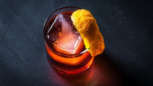 A Simple Twist Gives the Negroni New Life