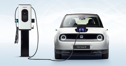 Honda prices its adorable electric e for summer launch