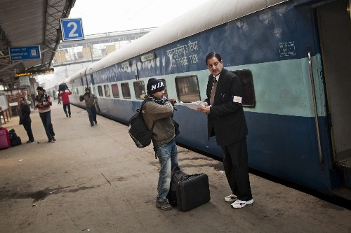 Google bringing high-speed Wi-Fi to 100 Indian rail stations by the end of 2016