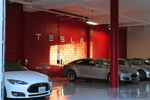 Tesla issues recall for Model S power adapters, releases software update to avoid overheating