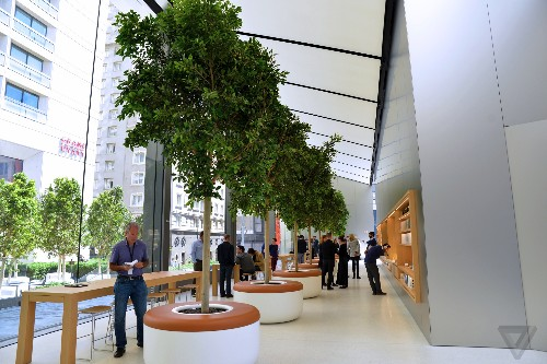 Apple just revealed the future of its retail stores