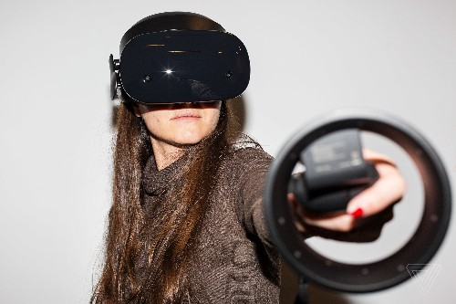 Samsung and Microsoft's Odyssey headset has me excited for VR in 2018