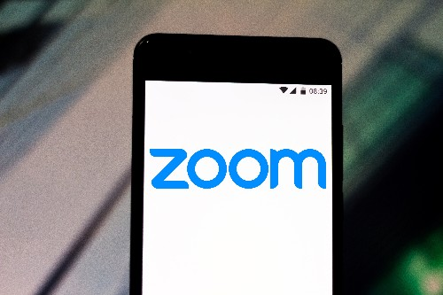 Zoom updates iOS app to remove code that sent device data to Facebook