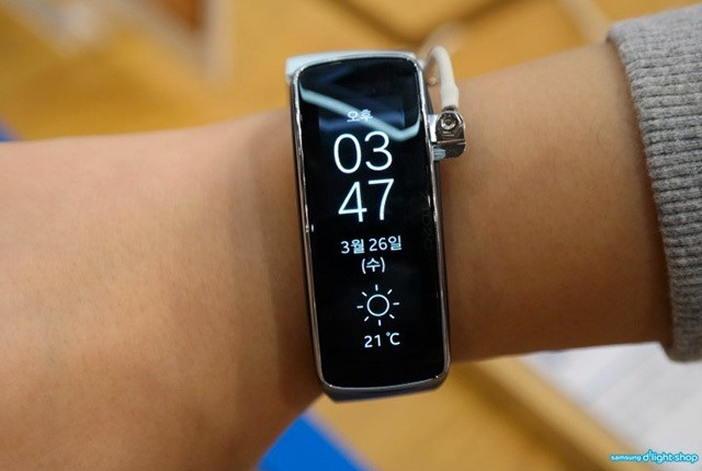 Samsung might have fixed the Gear Fit's biggest problem