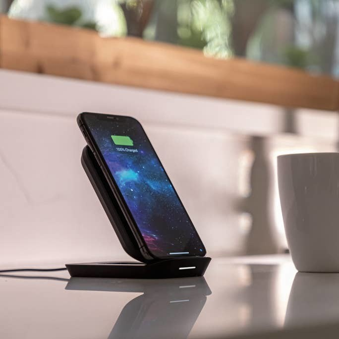 Mophie's latest wireless charging pad isn't afraid to stand on ceremony
