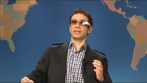 Google Glass' awkward interactions parodied on 'Saturday Night Live'
