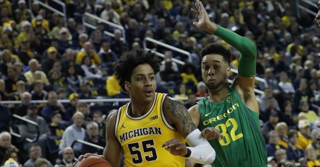 NBC Sports includes Michigan basketball in way-too-early top-25 ranking