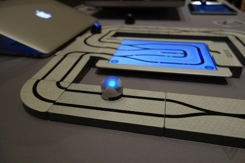 Ozobot lets you play iPad games with an 'intelligent' robot