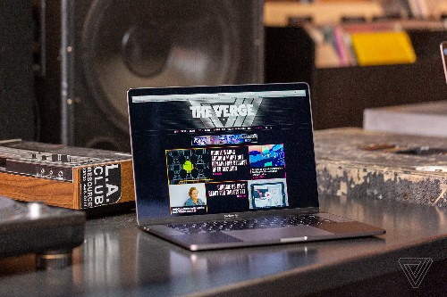 Apple updates top-end MacBook Pros with tweaked keyboard and faster processors