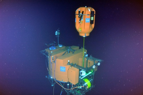 This network of deep-water observatories lets researchers learn about the ocean in real time