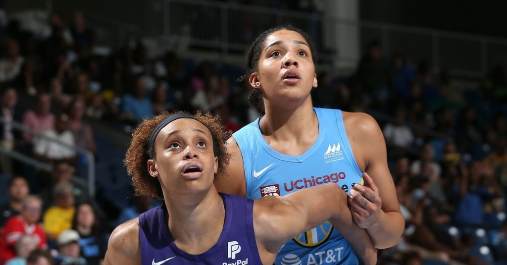 Red-hot Chicago Sky take on new-look Phoenix Mercury in 2019 postseason rematch