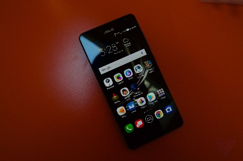 Hands-on with the Asus ZenFone AR, which is arriving just in time to compete with ARKit