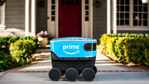 Amazon is creating detailed 3D models of suburbia to train its new delivery robots