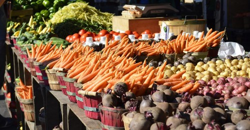 The Local Food Revolution Goes Online — for Now