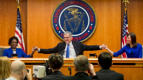 FCC strikes down petition to delay new net neutrality rules