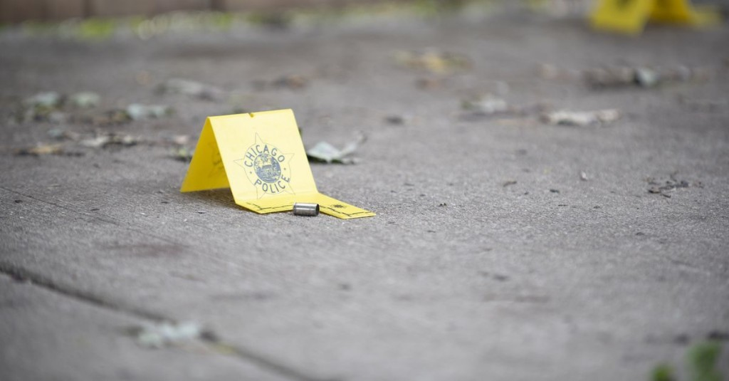 Man crashes after being fatally shot in Lawndale: Police