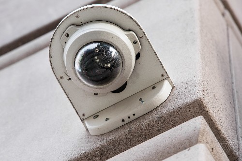 The US, like China, has about one surveillance camera for every four people, says report