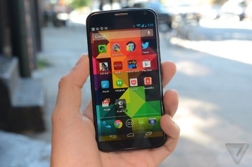 Moto X price will reportedly drop to $100 on contract this winter
