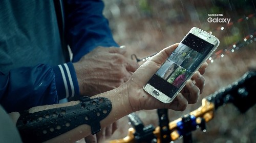 Leaked Samsung video may show Galaxy S7 waterproofing and wireless charging