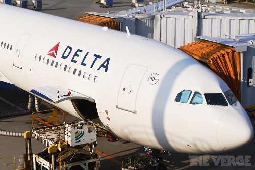 Delta launches first international flights with Gogo's Wi-Fi service