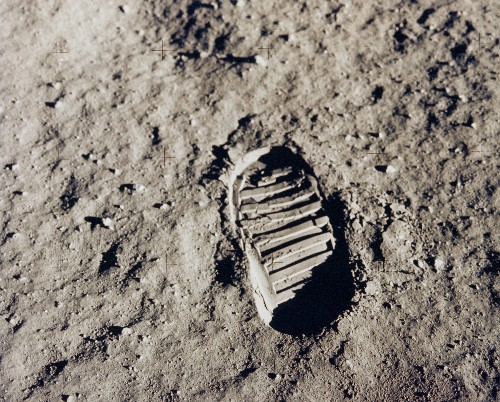 The uphill battle NASA faces to sell its Moon plan to Congress