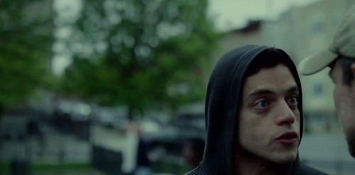 A QR code in last night's Mr. Robot leads to a mysterious website