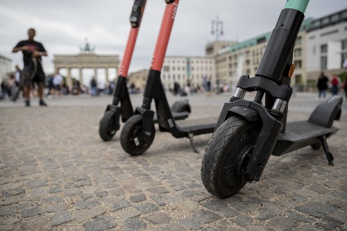 Segway-Ninebot introduces an e-scooter that can drive itself to a charging station