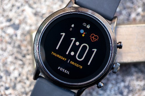 Fossil 'Gen 5' smartwatch review: best of a Wear OS situation