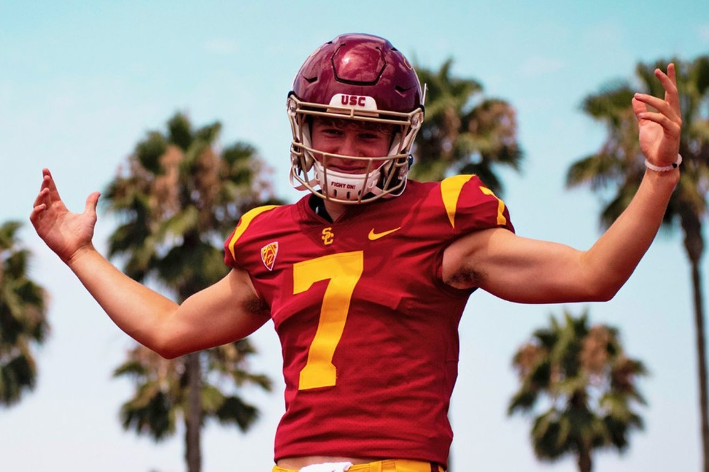 Miller Moss, the nation's No. 5 QB, commits to USC