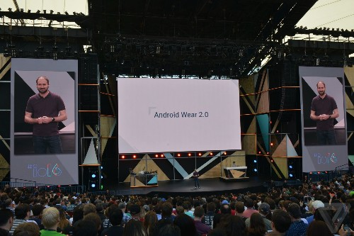 Google announces Android Wear 2.0 with standalone app support and a tiny keyboard