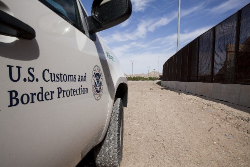 Border officials can't have 'boundless' access to search devices, court rules