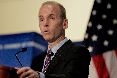 Boeing CEO: the first people on Mars will arrive on a Boeing rocket