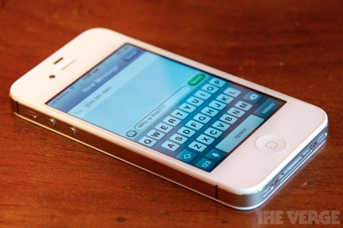 Apple releases web tool to deregister phone numbers from iMessage