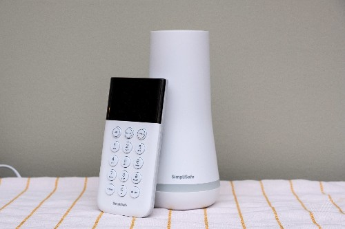 SimpliSafe's home security system can be compromised by a $2 wireless emitter