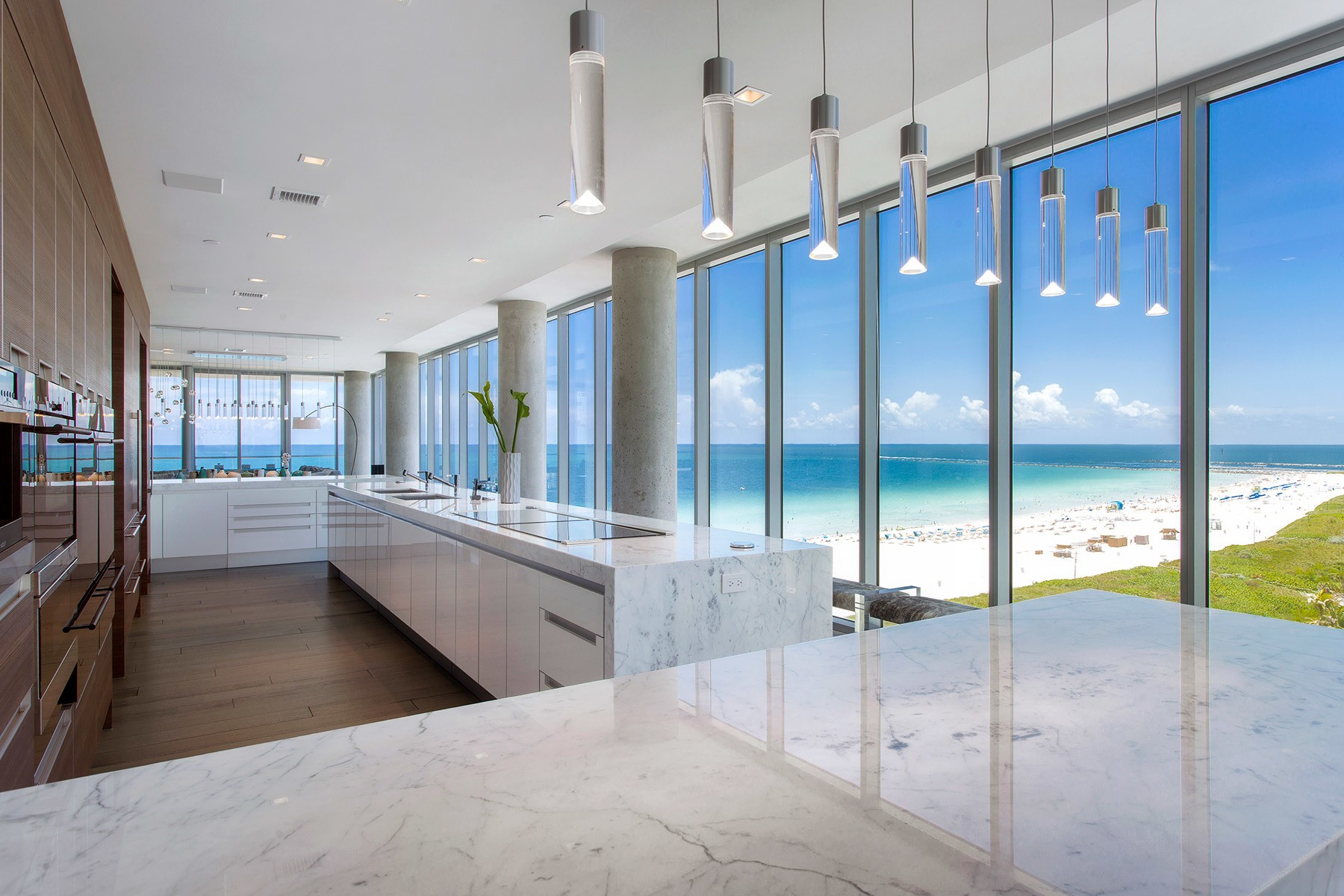 Miami Beach penthouse at 321 Ocean resurfaces for $35M