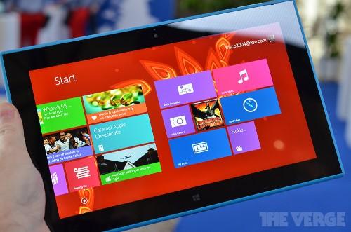 Nokia Lumia 2520: a closer look at Nokia's first Windows tablet