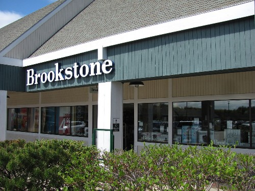 Brookstone will close all its US mall stores after second bankruptcy in four years