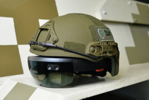 Microsoft's HoloLens could power tanks on a battlefield