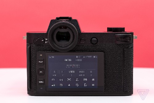 Leica's latest full-frame mirrorless camera has a new touchscreen and more resolution