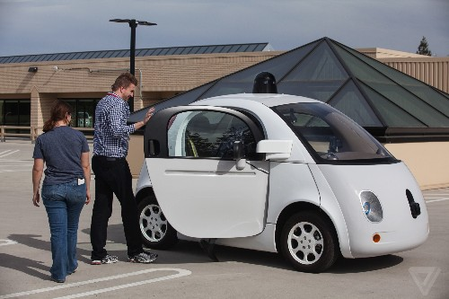 Study suggests self-driving cars crash more, but it doesn't mean much