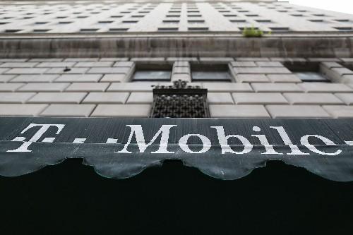 FCC chief praises T-Mobile's Binge On despite net neutrality concerns