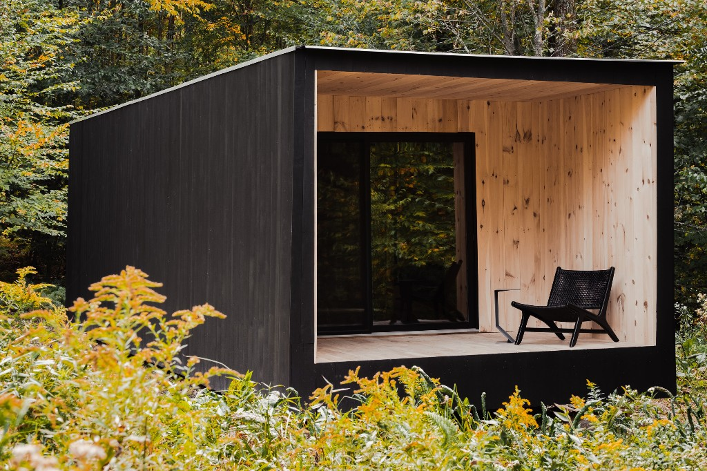 A modern cabin in the woods inspired by Thoreau