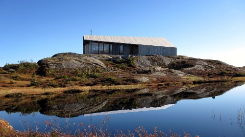 Prefab cabin by Snøhetta is designed to go anywhere